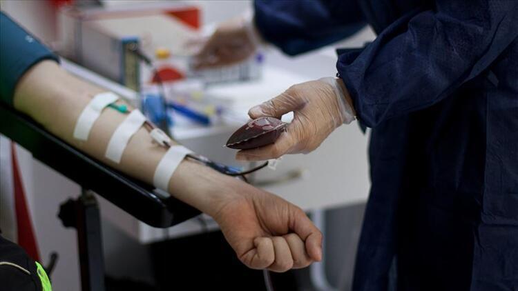 Kovid-19 yenenler Kızılaya 20 bin ünite immün plazma bağışında bulundu