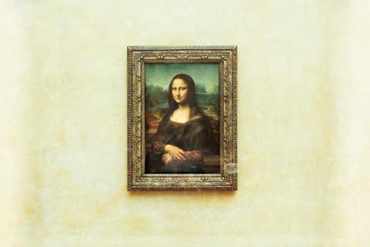 Louvre Müzesi / Mona Lisa tablosu