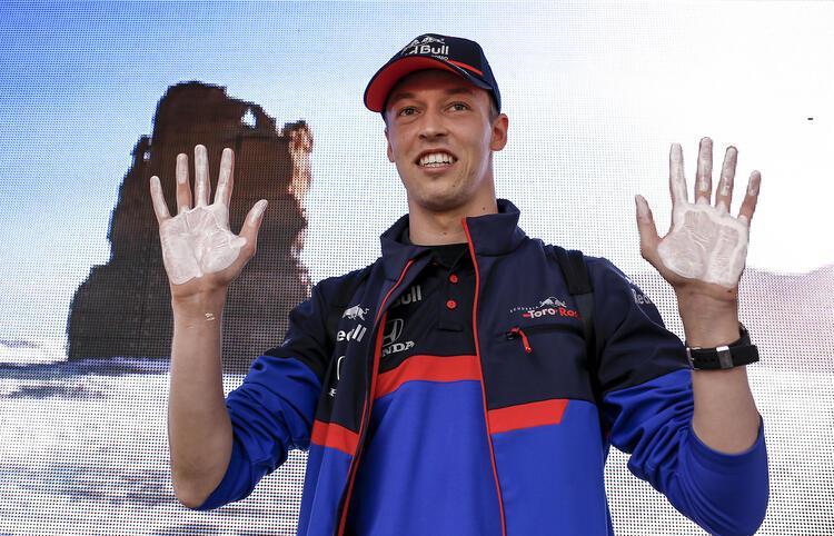 Daniil Kvyat  (STR)