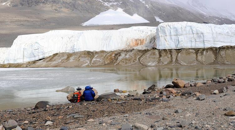 Antarktikanın Kan Dökülmeleri (Blood Falls)