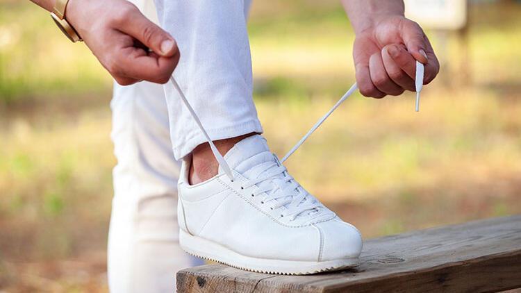 Spor ayakkabılarınızı temizleyin