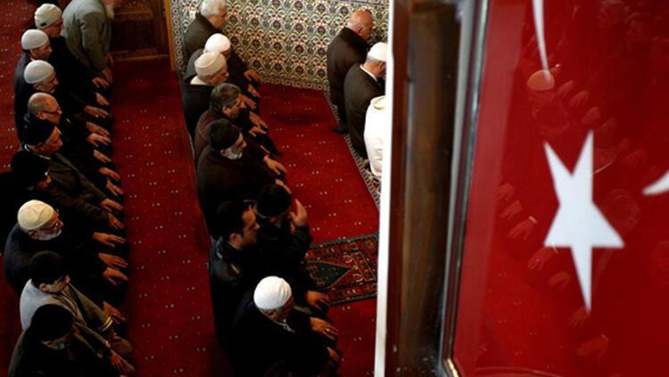 2022 Ramazan Bayramı ne zaman? İşte Diyanet'in verdiği tarih bilgisi 17