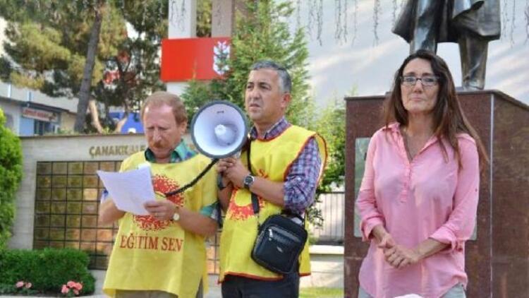 Soma'da Ayşegül öğretmene destek eylemi