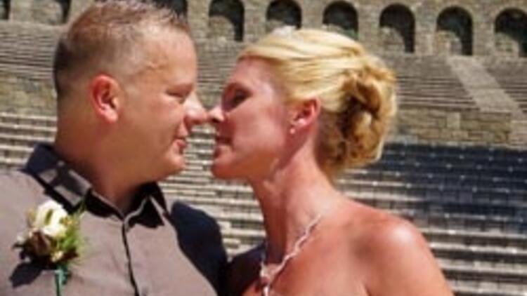 İngiliz çift Marmaris'te dünya evine girdi