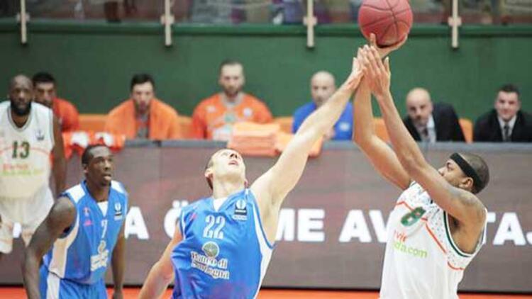 Banvit 74 - 75 Dinamo Sassri