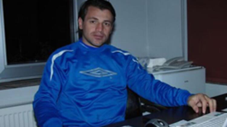 Dardanelspor'un futbol direktörü Tuna, istifa etti