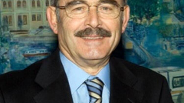 Yılmaz Büyükerşen istifa etti