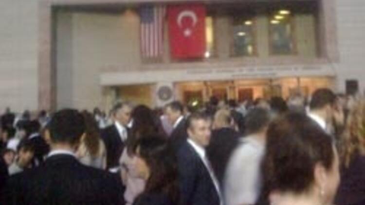 Büyükelçi'den Atatürk'lü kutlama