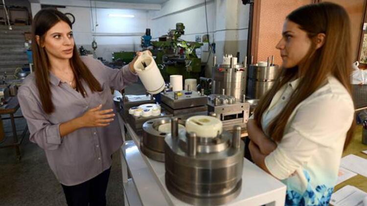 Üniversite öğrencisi ikiz kız kardeşlerin girişimcilik başarısı