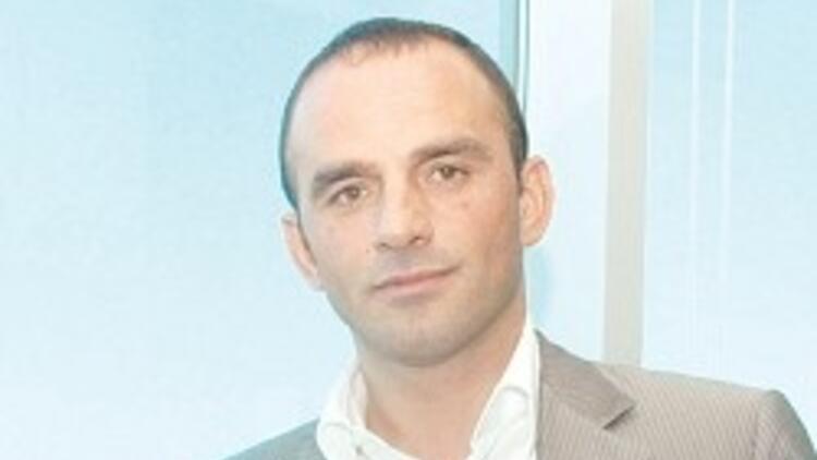 Metro Turizm'in sahibi Öztürk'e çete gözaltısı