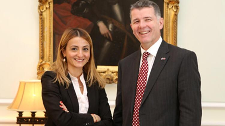 Yeni İngiltere Büyükelçisi Moore Hürriyet'e konuştu