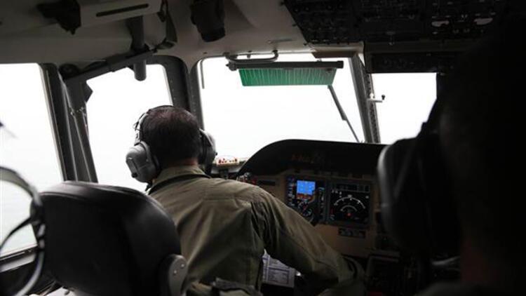 Endonezya'da düşen yolcu uçağıyla ilgili flaş iddia