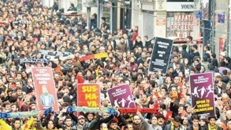 Galatasaray yürüyüşü