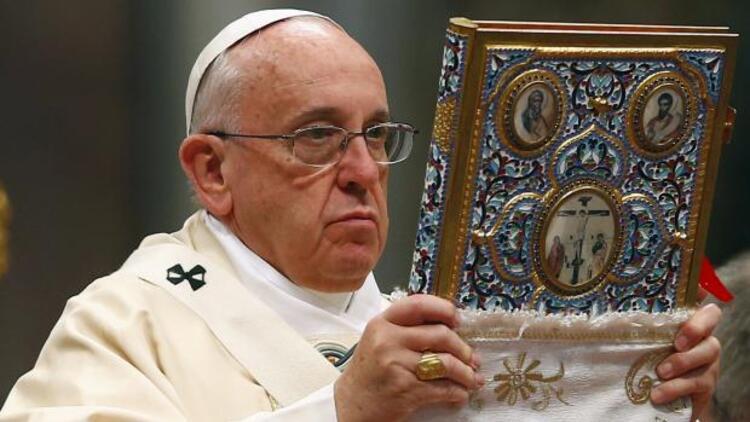 Papa: 20'nci Yüzyılın ilk soykırımı Ermenilere yapıldı
