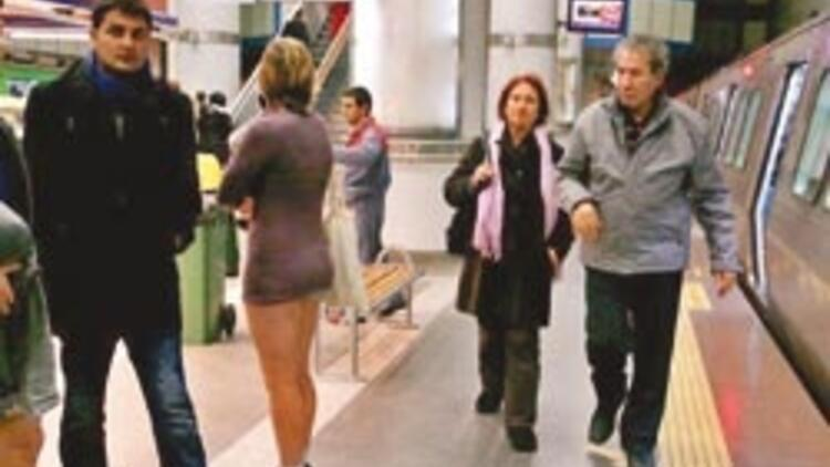 İstanbul'da pantolonsuz yolculuk