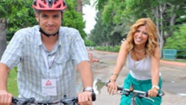 Bisikletçiler iş başında