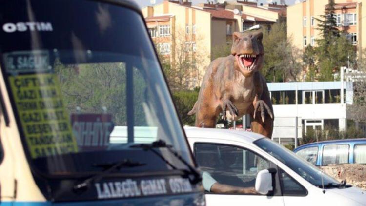 Ankara'da robot gitti dinozor geldi