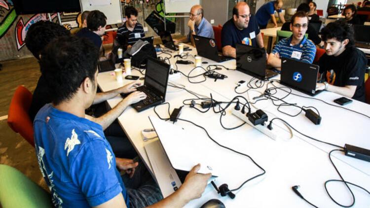 Türkiye'de bir ilk! Hürriyet Hackathon başlıyor