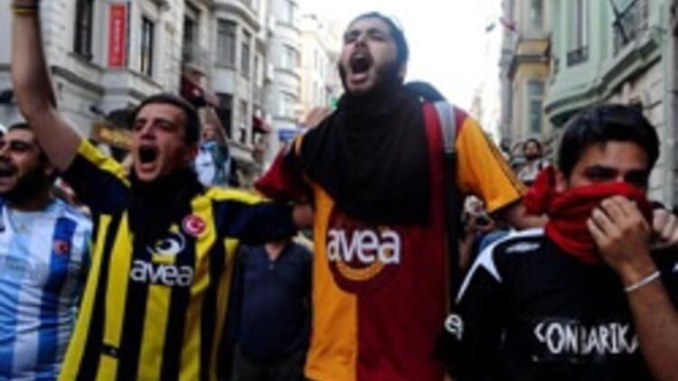 Gezi'de renklerin kardeşliği