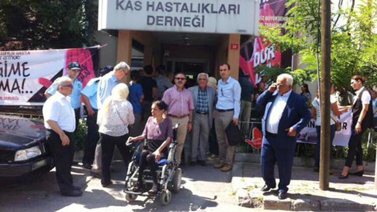 Türkiye Kas Hastalıkları Derneği'nin tahliyesi durduruldu