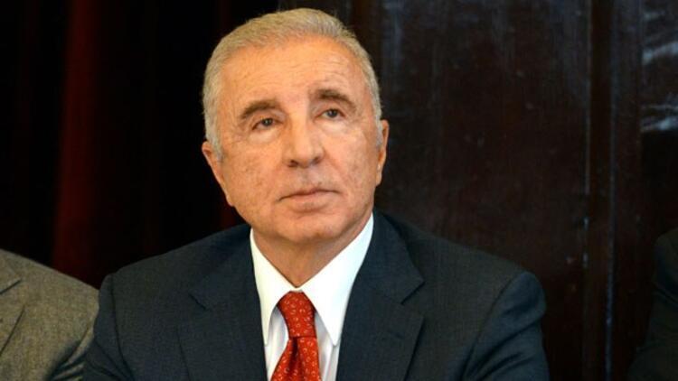 Ünal Aysal: O yönetici Galatasaray'a zarar veriyor