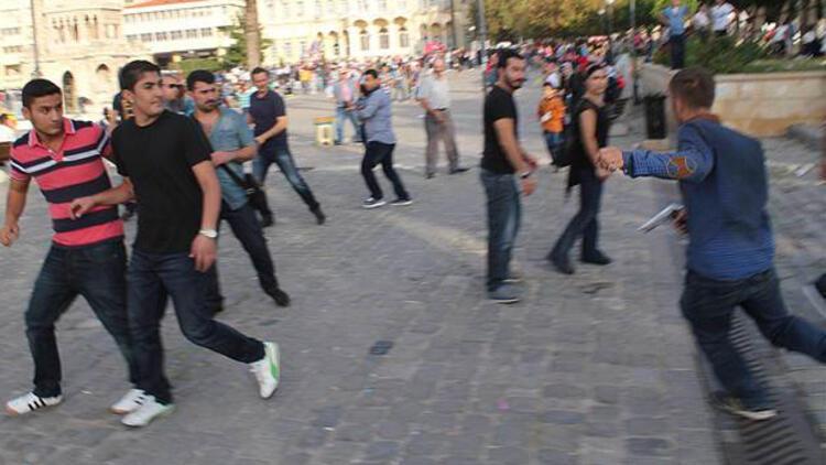 İzmir'de Kobani protestosunda gerginlik