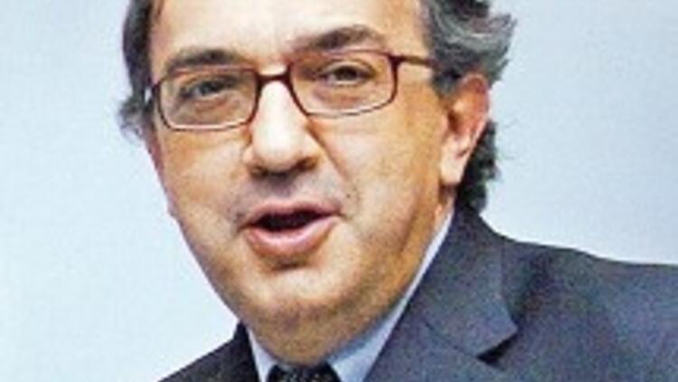 Marchionne: İtalya Fiat'a yük oluyor, yurtdışında kâr ediyoruz