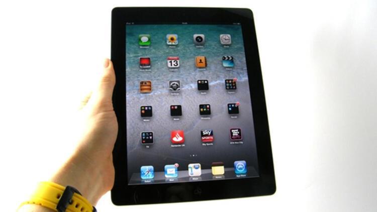 Uganda'da tüm milletvekillerine iPad