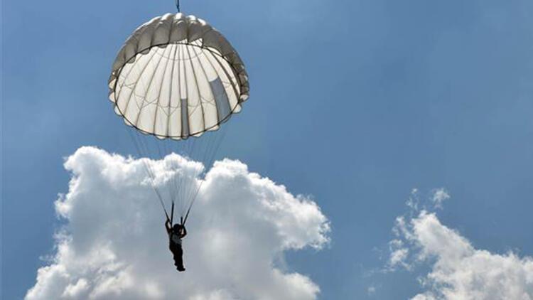 40 metreden adrenalin atlayışı