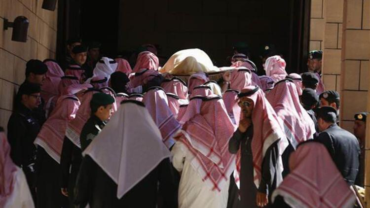 Suudi Arabistan Kralı Abdullah son yolculuğuna uğurlandı