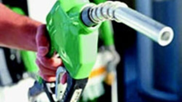 Eşit vergi benzini '60 kuruş' ucuzlatır