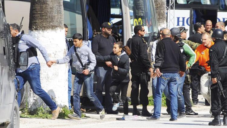 Tunus'ta meclise bitişik müzeye kanlı baskın: En az 21 ölü