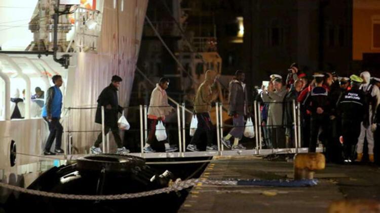 İtalya'da savcılık, 800 göçmene mezar olan teknenin pahalı olduğu için çıkarılmamasına karar verdi