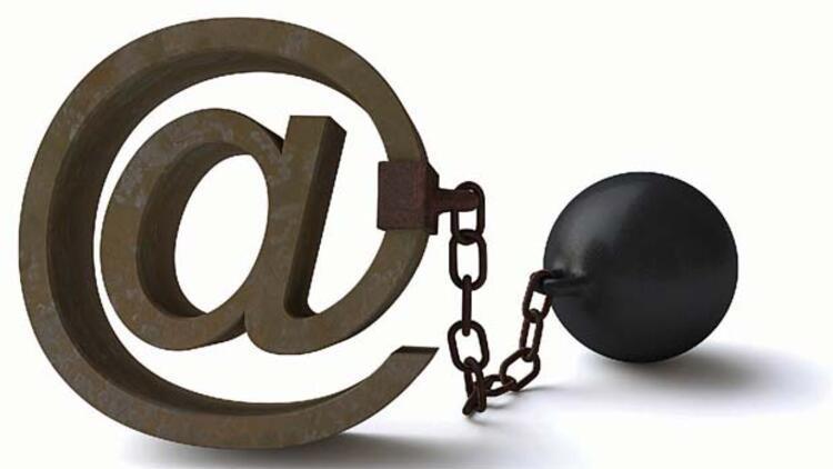100'den fazla site kapatıldı