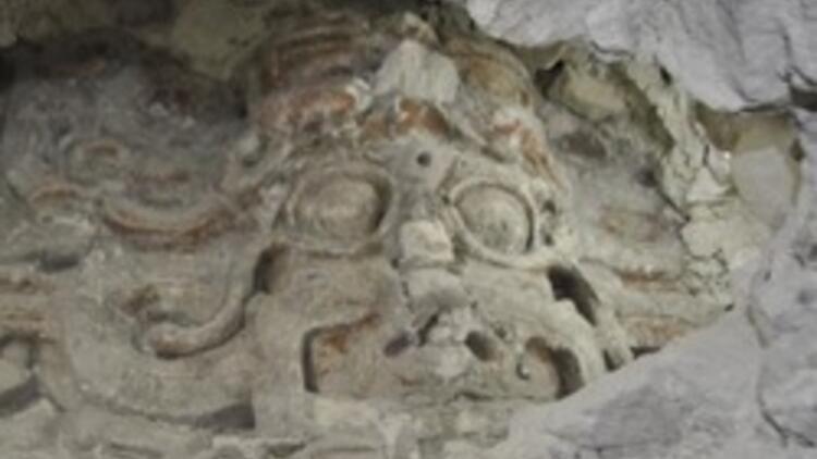 Guatemala'da Maya dönemine ait bin 600 yıllık tapınak bulundu