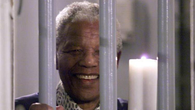 Guardian başyazısında Mandela ile Öcalan'ı kıyasladı
