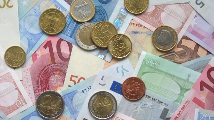 Dolar ve euroda şok düşüş
