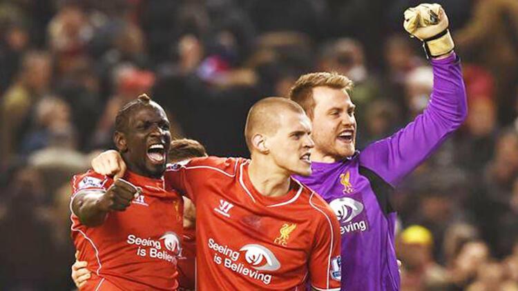Liverpool aldı başını gidiyor