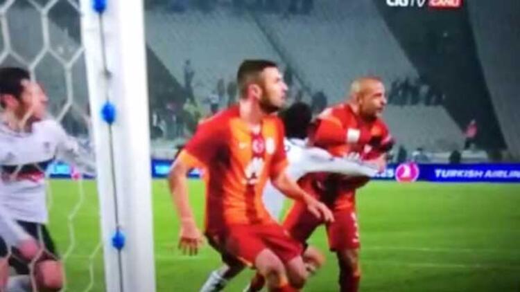 Melo'nun hareketi kırmızı kart mı?
