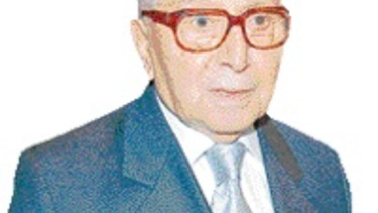Cumhuriyet 'Şen Şapka'sını, Vakko babasını kaybetti