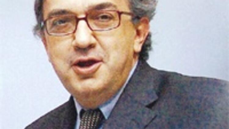Fiat CEO'su ABD'de 'Chrysler turu'na çıktı, 'para kaçmayacak' sözü verdi