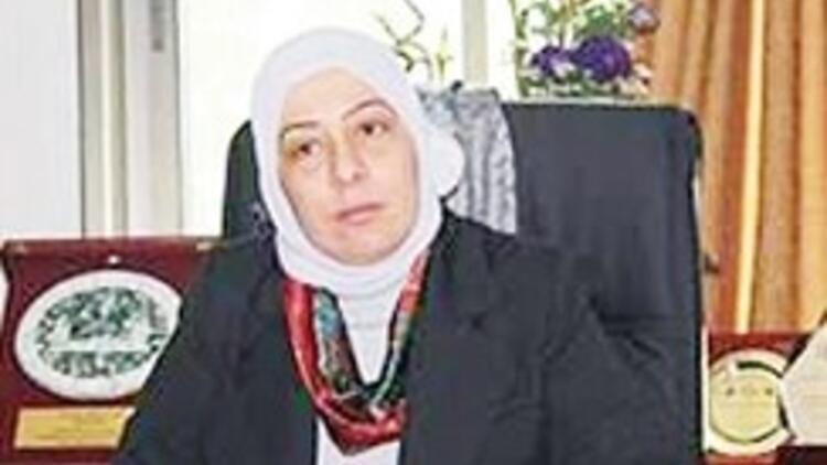 Filistinli ilk kadın vali Hamas'a gözdağı verdi