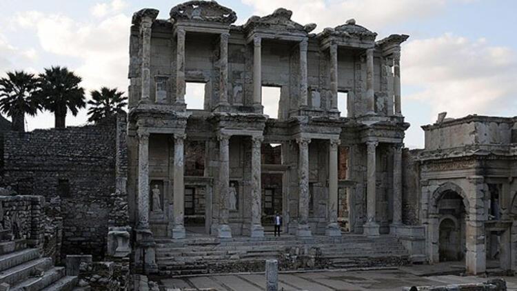 """Efes'te """"UNESCO"""" için geri sayım"""