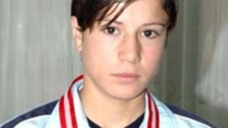 Gülcan Avrupa Şampiyonu oldu