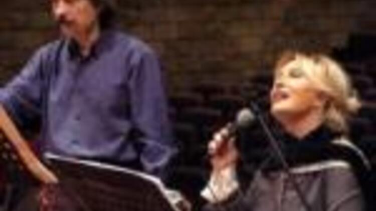 18 MART: Münir Nurettin Selçuk şarkıları