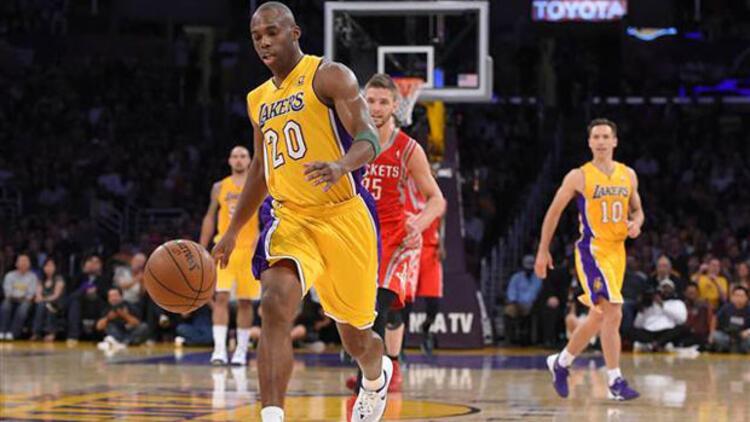"NBA'de Kanter ve Aşık'tan ""double double"""