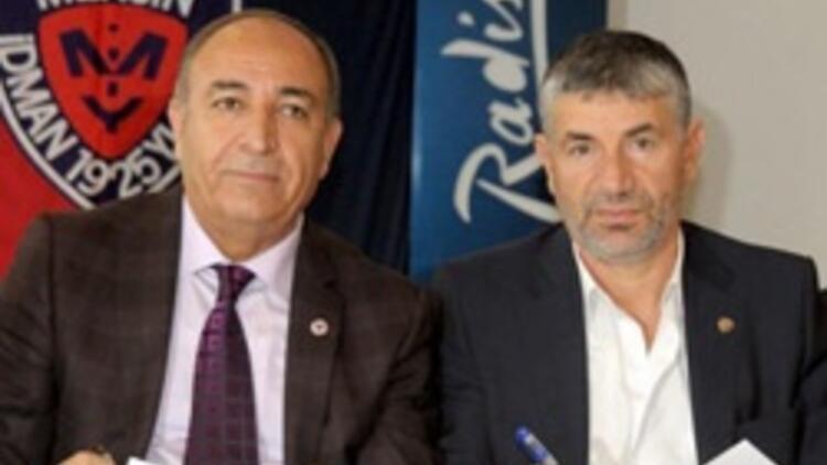 Mersin Giray Bulak ile imzaladı