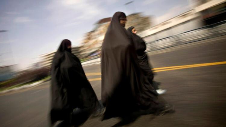İranda asitli saldırı