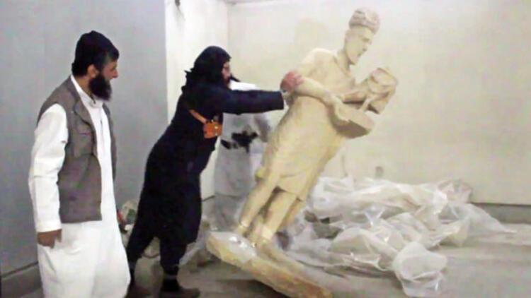 Musul'da IŞİD'in parçaladığı heykellerle ilgili iddia: Gerçek değillerdi