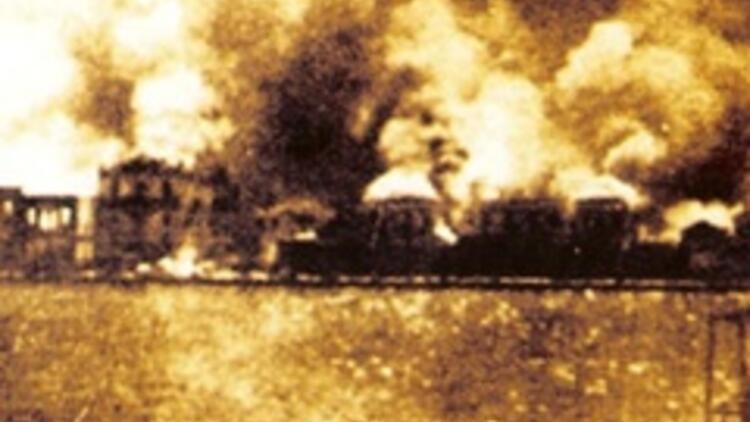 İzmir'i kim yaktı